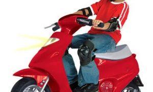 Со скольки лет можно ездить на мопеде, скутере или мотоцикле