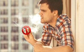 Соседи курят в квартире, а у нас воняет — куда жаловаться