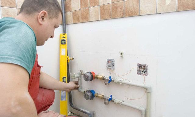 Замена счетчика горячей или холодной воды - порядок и важные моменты