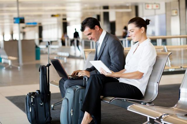 Служебная поездка и командировка - отличие в оплате и организации