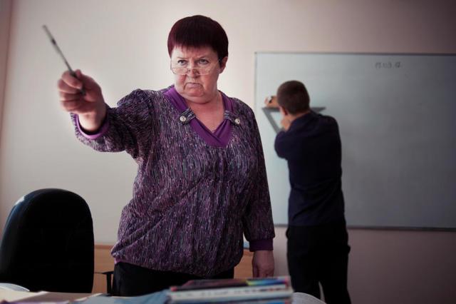 Куда и как жаловаться на учителя в школе