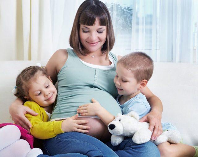 Какие бывают пособия при рождении третьего ребенка