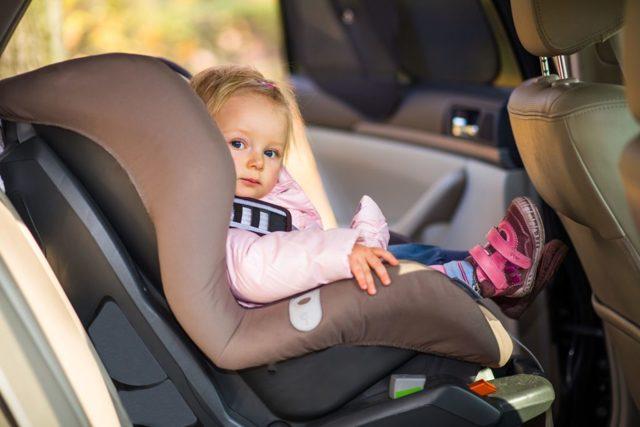 Перевозка детей на переднем сиденье