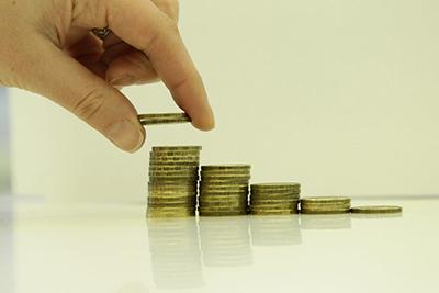 Сколько можно стоять на бирже труда и какие будут выплаты