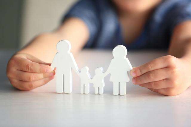 Как осуществляется удочерение ребенка жены в России