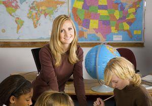 Какие льготы полагаются сельским педагогам в 2020 году