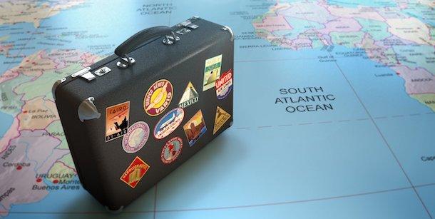 Можно ли выехать за границу если есть долг у приставов