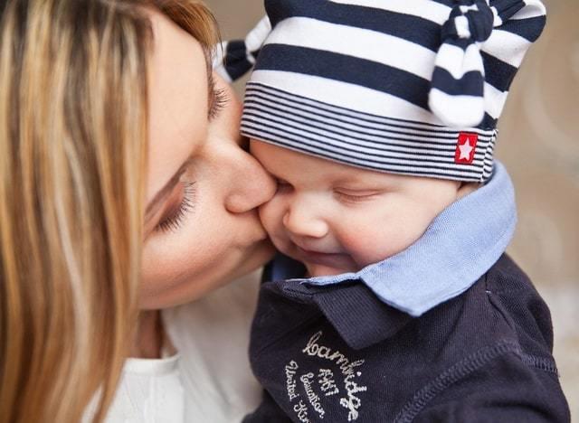 Алименты на ребенка и жену в декрете: начисление и размер выплат