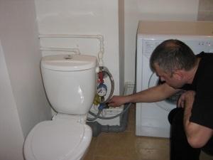 Для чего необходимо знать нормы давления при подаче воды в квартиру