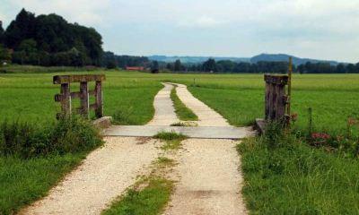 Как оформляется договор субаренды земли и какие требования необходимо учитывать