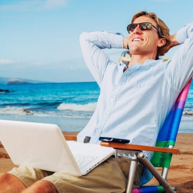 Считаются ли выходные дни в отпуск: что делать если отпуск выпадает на праздник