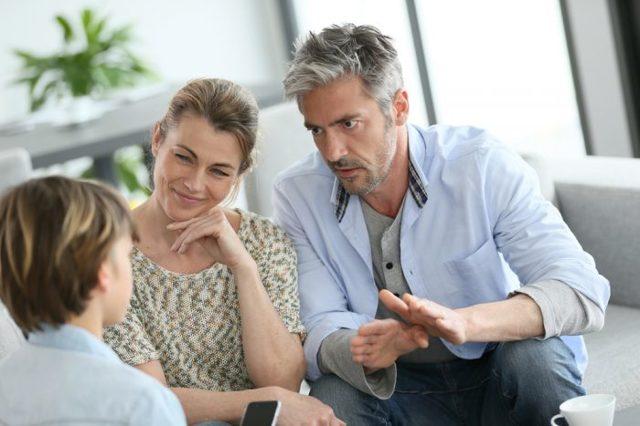 Как подать на алименты в браке: способы, список документов