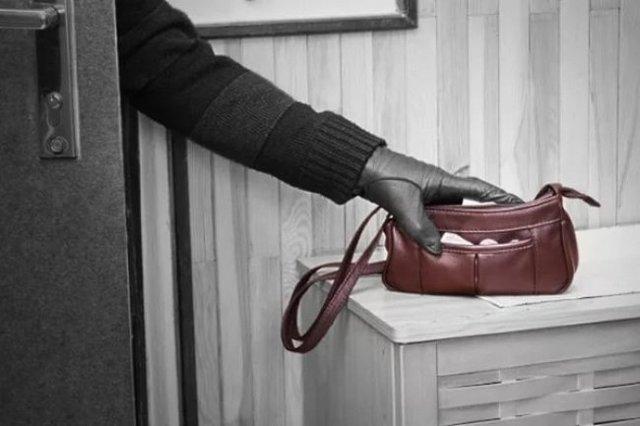 Мелкое хищение: состав преступления и виды наказаний