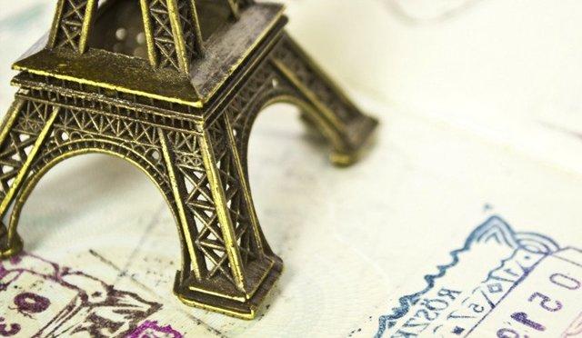 Анкета на визу во Францию: образец заполнения