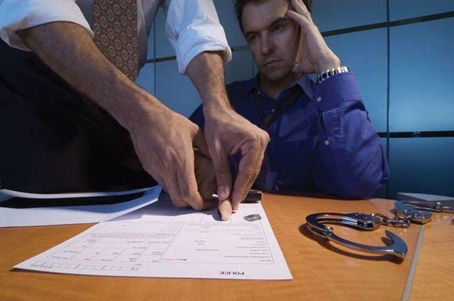 Как себя вести на допросе у следователя в качестве свидетеля или подозреваемого