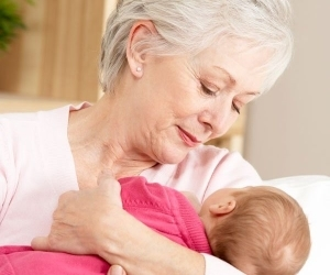 Может ли бабушка уйти в декретный отпуск по уходу за внуком