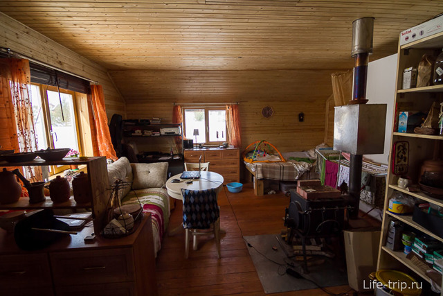Почему люди в России не хотят жить в деревне?