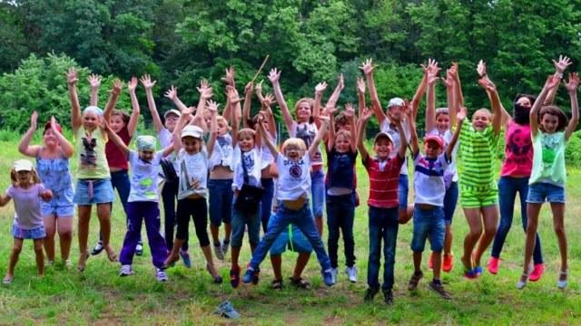Как получить путевку в детский лагерь в 2020 году: льготные и бесплатные путевки
