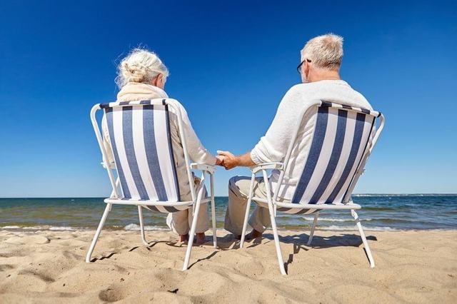 Где хорошо жить пенсионерам в России и в иных странах