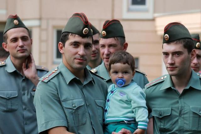 Увольнение по семейным обстоятельствам военнослужащего без отработки