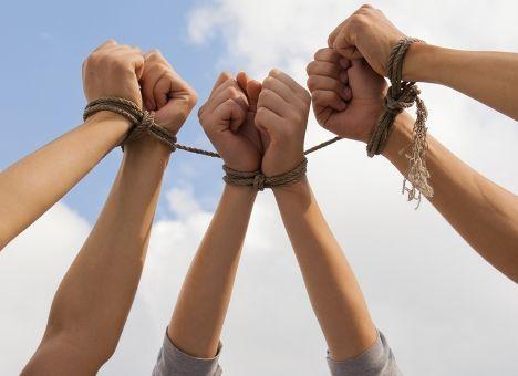 Преступление против свободы, чести и достоинства личности