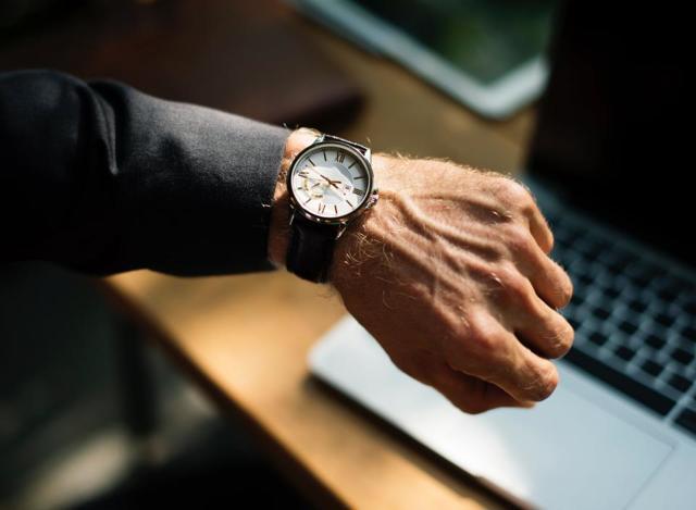 Каковы сроки и порядок возбуждения исполнительного производства
