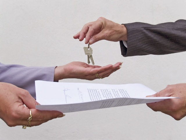 Можно ли сдавать в аренду квартиру - взятую в ипотеку