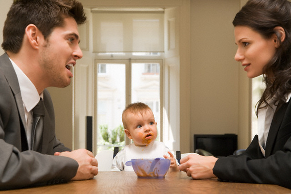 Как заставить платить бывшего мужа алименты на несовершеннолетнего ребенка