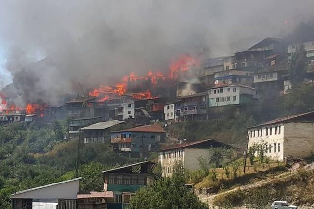 Материальная помощь при пожаре: возможно ли получить и куда обращаться
