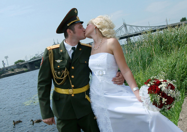 Отпуск женам военнослужащих по закону
