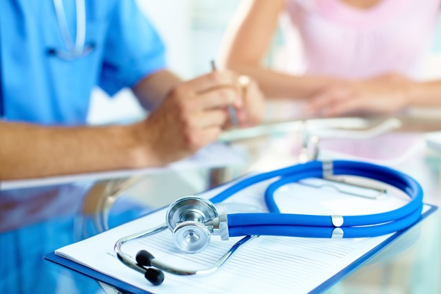 Продление отпуска в связи с больничным и перенос отпускных дней