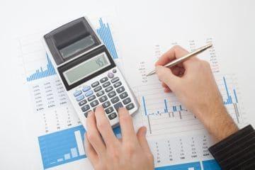 Как рассчитать среднедневной заработок - порядок и формула