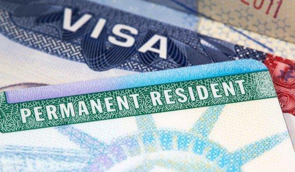 Шенгенская виза на 5 лет: как получить и сколько она стоит