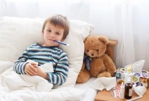 Больничный по уходу за ребенком бабушке - оплачивается ли