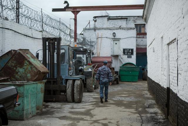 Детская колония: условия и режимы содержания детей