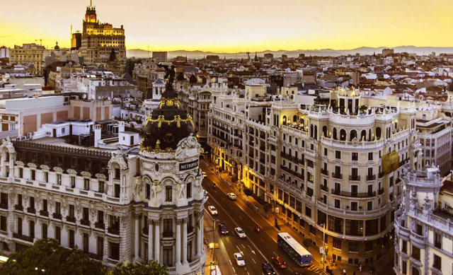 Иммиграция в Испанию – способы уехать в страну на ПМЖ