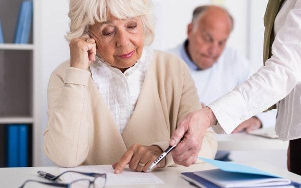 Заявление на льготы по налогу на имущество пенсионерам: образец 2020 года