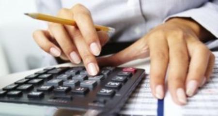 Льготная пенсия медработникам по выслуге лет: сколько требуется