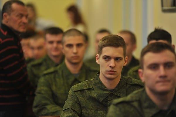 Права и обязанности призывника в РФ