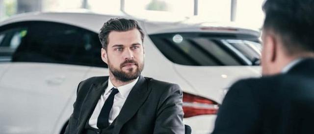 Возврат автомобиля продавцу в автосалон по закону