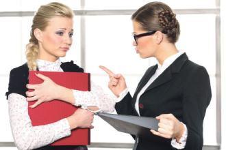 Работодатель не подписывает заявление на увольнение: что делать?