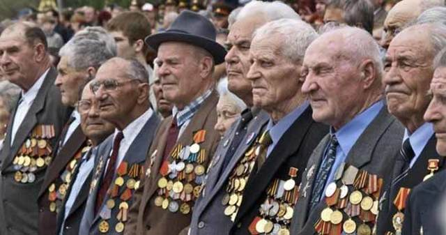 Пенсии ветеранам боевых действий в 2020 году: кому положены