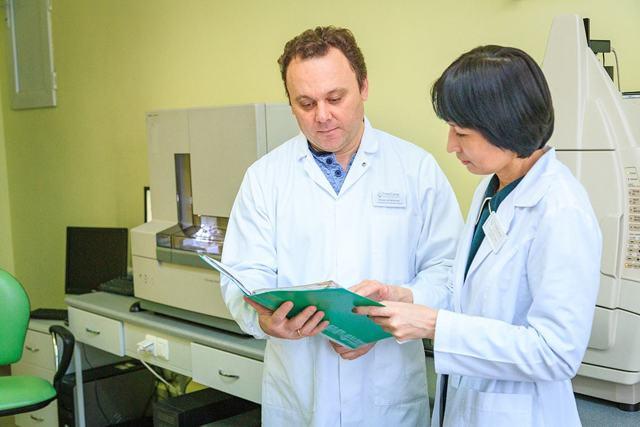 Установление отцовства по ДНК путём сдачи биологического материала