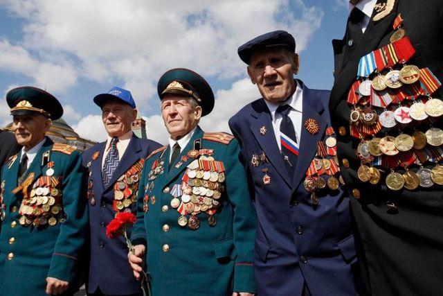 Пенсии военным: кому полагаются и как рассчитывается их размер